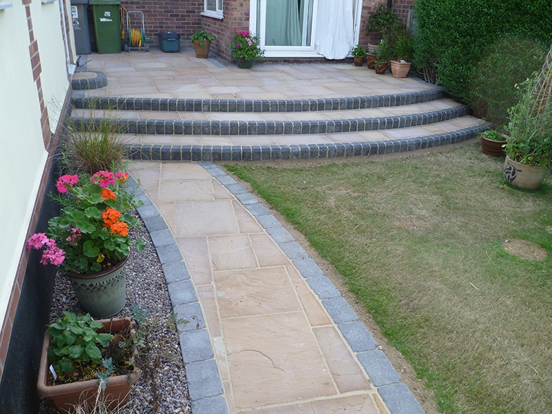 Attractive garden patio designs to inspire you for the summer for Garden and patio designs